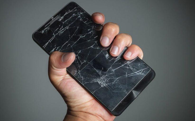 Réparer soin smartphone plutôt que d'en racheter un : une bonne idée ?