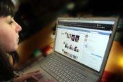 Facebook : on passe moins d'heures devant le réseau social